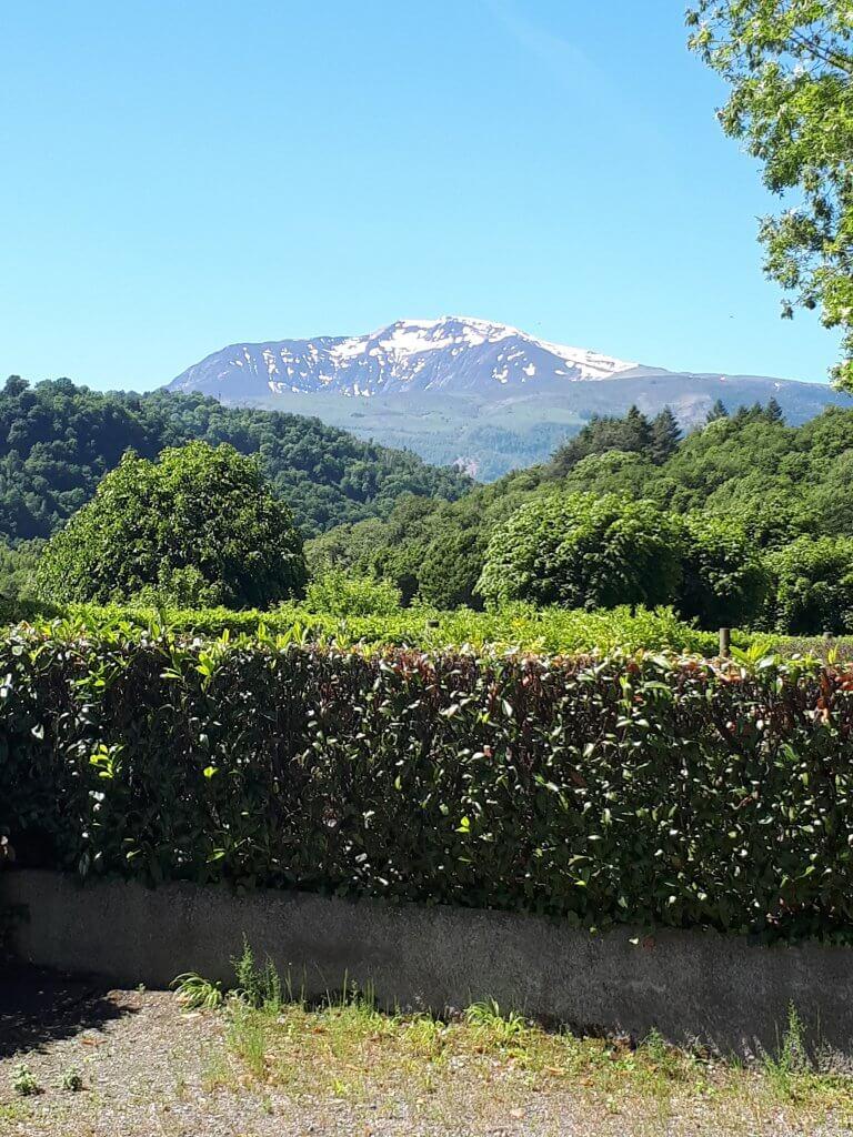 Montagnes vue du camping de la chataigneraie