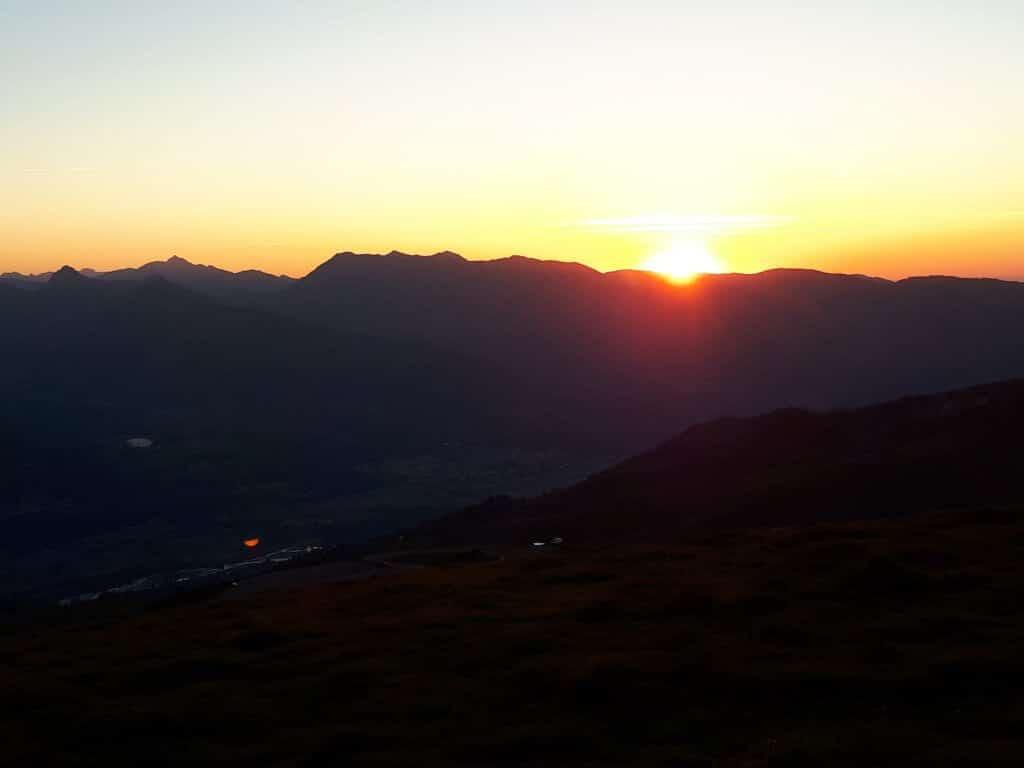 Coucher de soleil dans les montagnes d'Hautacam