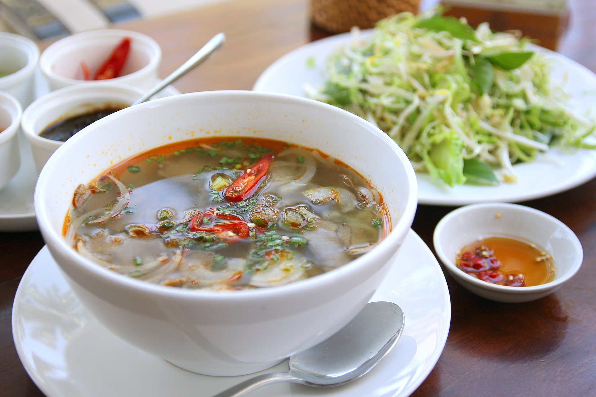 Bún Bò traditionnel Vietnamien.