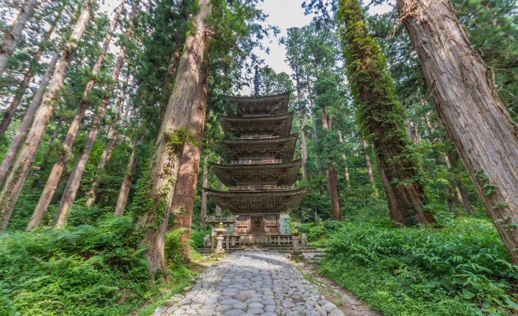 Pagode sur les monts sacrés de Dewa Sanzan